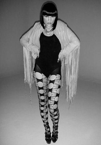 Jessie J indossa i collant Emilio Cavallini