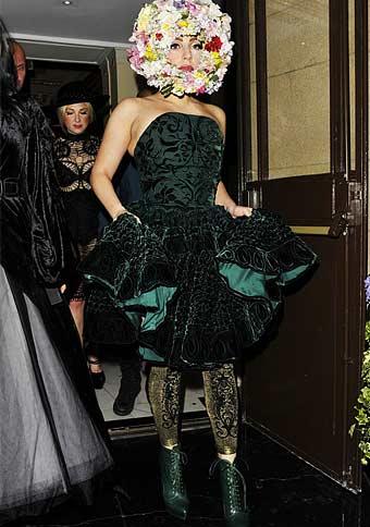 Lady Gaga indossa i collant Emilio Cavallini